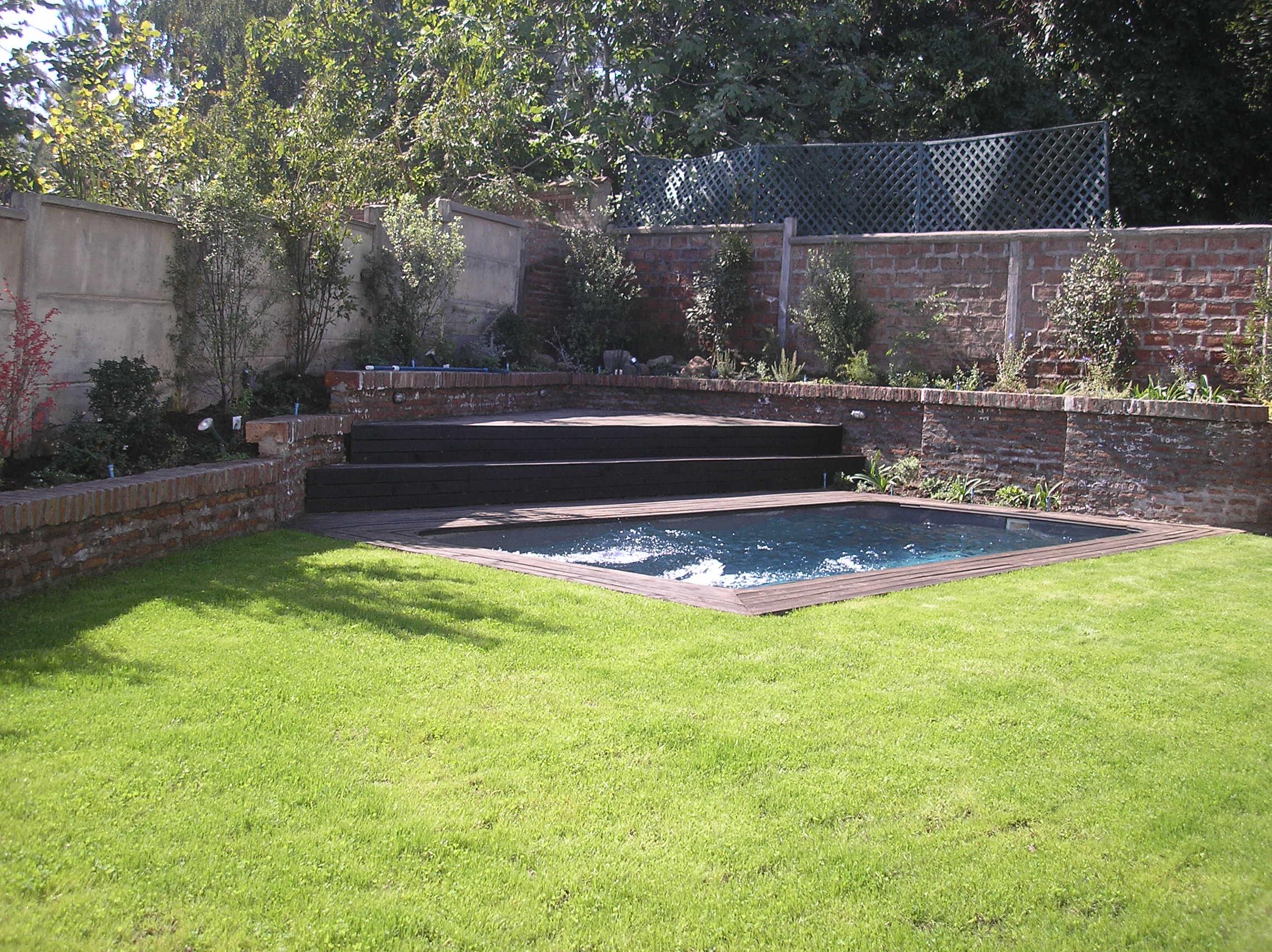 Piscina y jardin construcciones de logias terrazas - Piscinas en terrazas ...